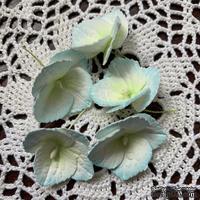 Гортензии из фоамирана с лепестками с зубчатым краем,  диаметр 35 мм, цвет белый с голубым, 5 шт.