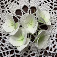 Гортензии из фоамирана с лепестками с зубчатым краем,  диаметр 35 мм, цвет белый, 5 шт.