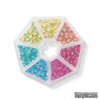 Набор люверсов с контейнером от WeR Memory Keepers – Bright, 140 шт., 7 цветов
