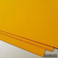 Дизайнерский картон с гладкой фактурой Malmero mangue, размер: 30х30, цвет: желто-горячий, 250 г/м2, 1 шт