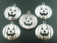 "Металлическое украшение ""Хэллоуин"", серебро, размер 20х20 мм, 1 шт."