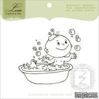 Акриловый штамп Lesia Zgharda D071 Мальчик в ванной, размер 6,3х5,6 см.
