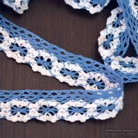 Кружево х/б, вязаное, цвет бело-синий, ширина 2.5 см, длина 90 см