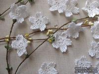 """Уютный декор от LESHCHENKO - Вязаные цветочки в наборе """"Sakura"""" (узкий лепесток), 4 шт."""