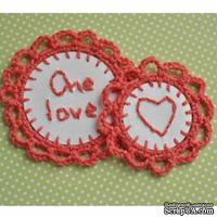 Набор вязаных украшений - тэгов ручной работы, цвет кораловый, бумага - белая акварель, One Love