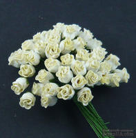 Набор роз с полуоткрытым бутоном, цвет - кремовый, 5 шт.