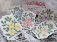 Вышитая миниатюра - цветочный патч - фиалки - от Allmacraft, цвет на выбор