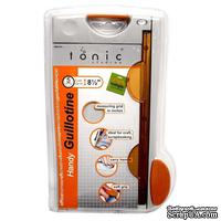 """Сабельный (гильотинный) резак Tonic Studios - Guillotine 8.5"""" Paper Trimmer"""