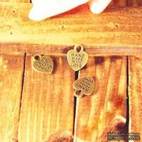 """Металлическое украшение """"Сердечко с надписью """"Hand made with love"""""""", 15х12 мм, 1 шт."""