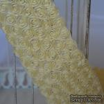 Лента из маленьких розочек, цвет бледно-желтый, 6 рядов цветов, длина 30 см - ScrapUA.com