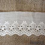 Кружево шитье, цвет белый натуральный, 100% хлопок, ширина 7 см, длина 45 см - ScrapUA.com