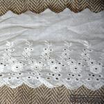 Кружево шитье, цвет белый натуральный, 100% хлопок, ширина 11.5 см, длина 45 см - ScrapUA.com