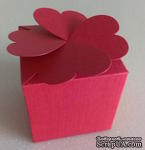 "Подарочная коробочка - ""клевер"", красная,  sirio tela lampone, 58х58х58 мм, 1 шт. - ScrapUA.com"